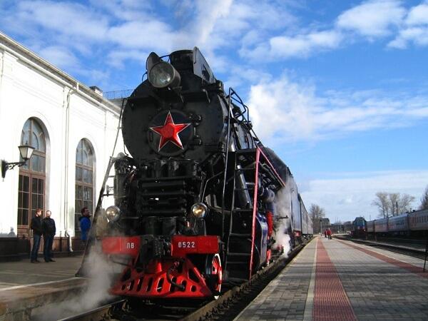 школьной радостной экскурсия во псков на поезде из спб полезная избитая